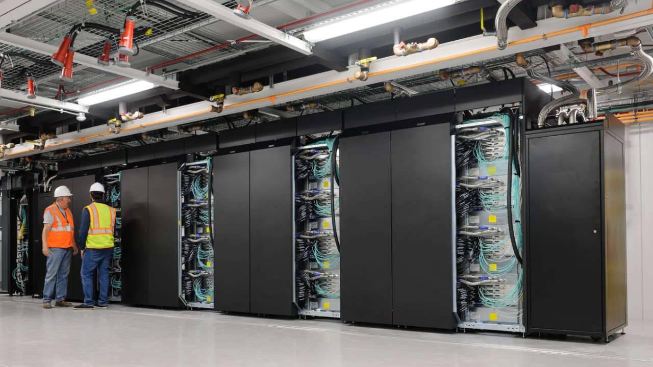 NASA launches new energy-efficient modular supercomputer facility