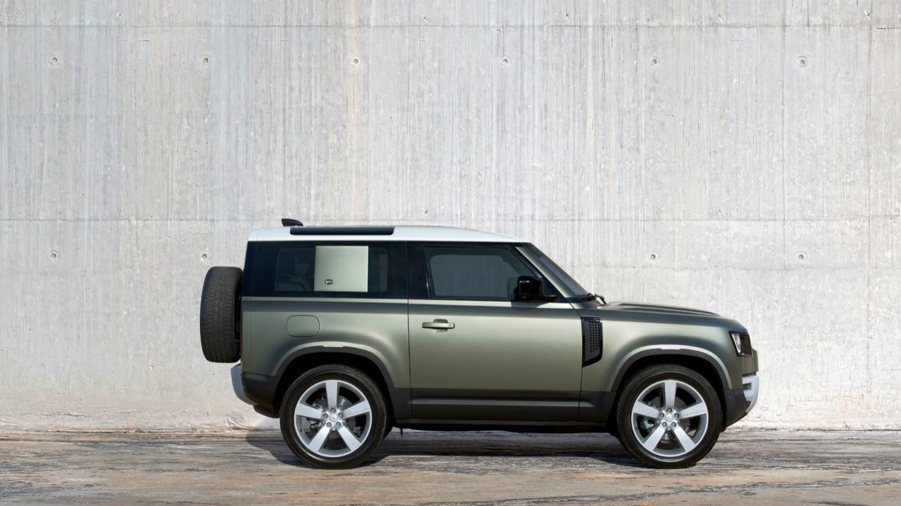 2020 Land Rover Defender Gallery