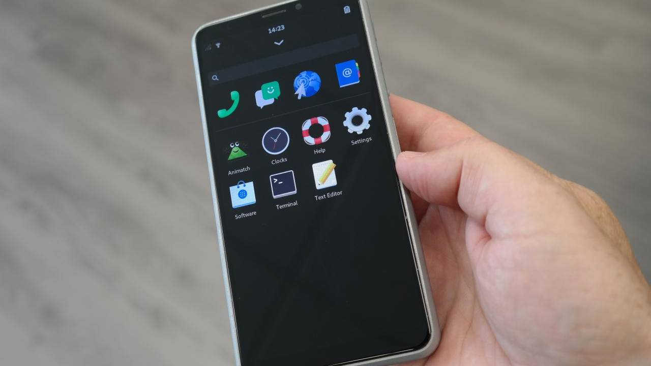 Purism Librem 5 privacy-focused Linux phone has started shipping