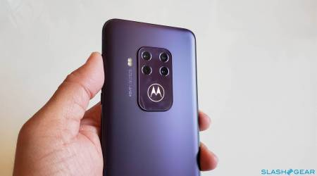 Motorola One Zoom Gallery