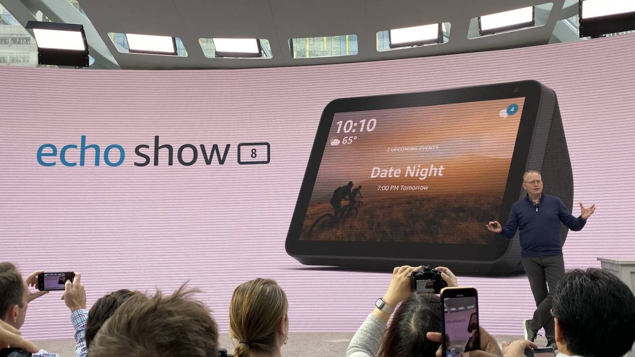 Echo Show 8 adds 3rd smart display with Alexa Food Network tie-in
