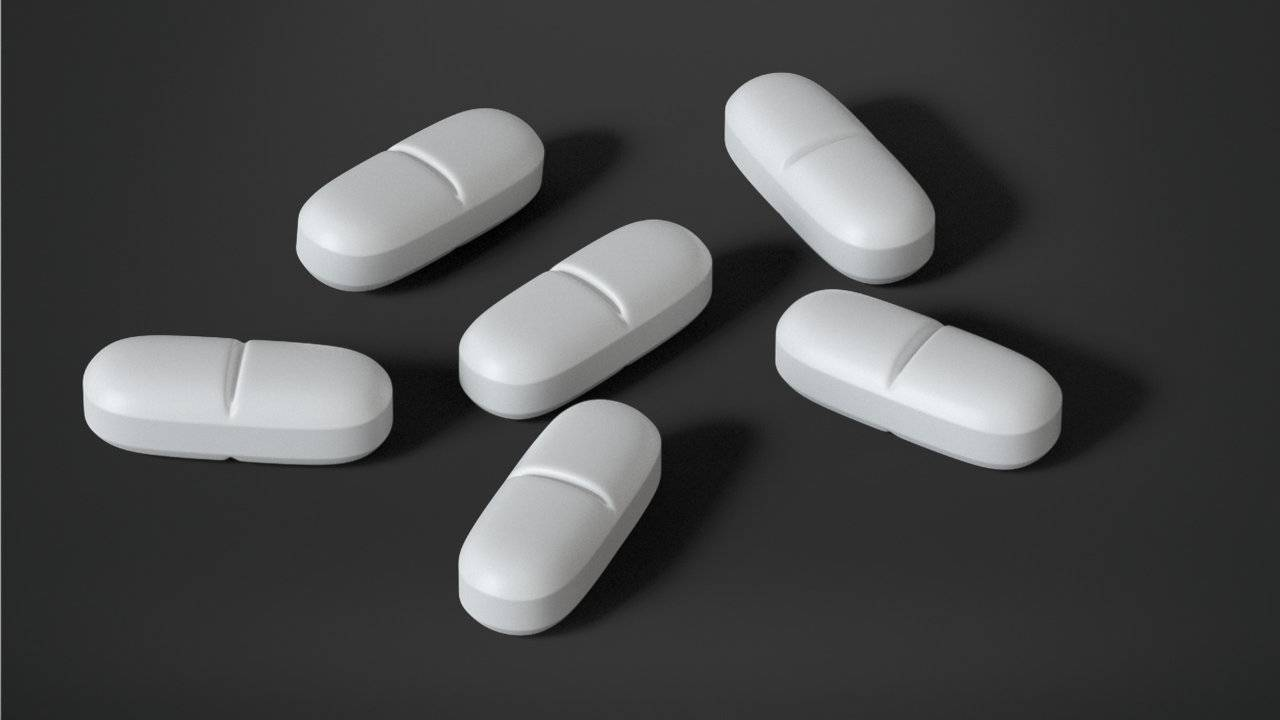 Taking certain popular antibiotics may increase heart risk during use
