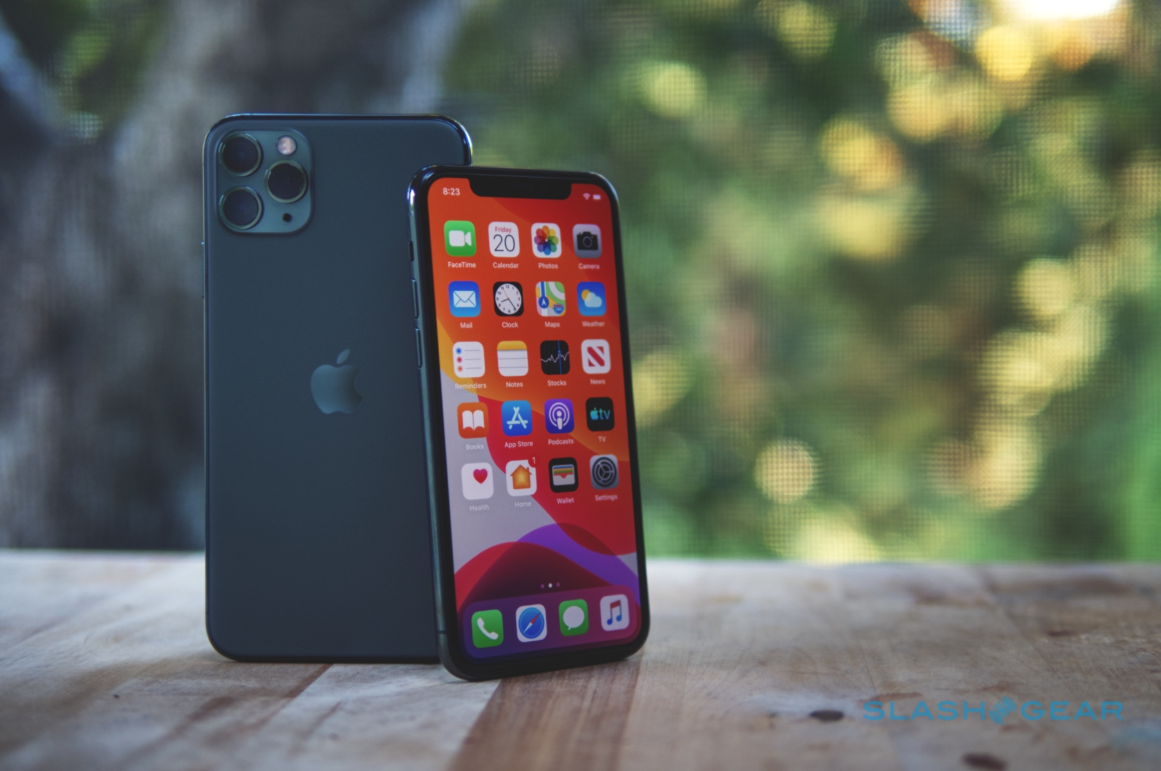 The Midnight Green Iphone 11 Pro Is Living Up To Expectations Slashgear