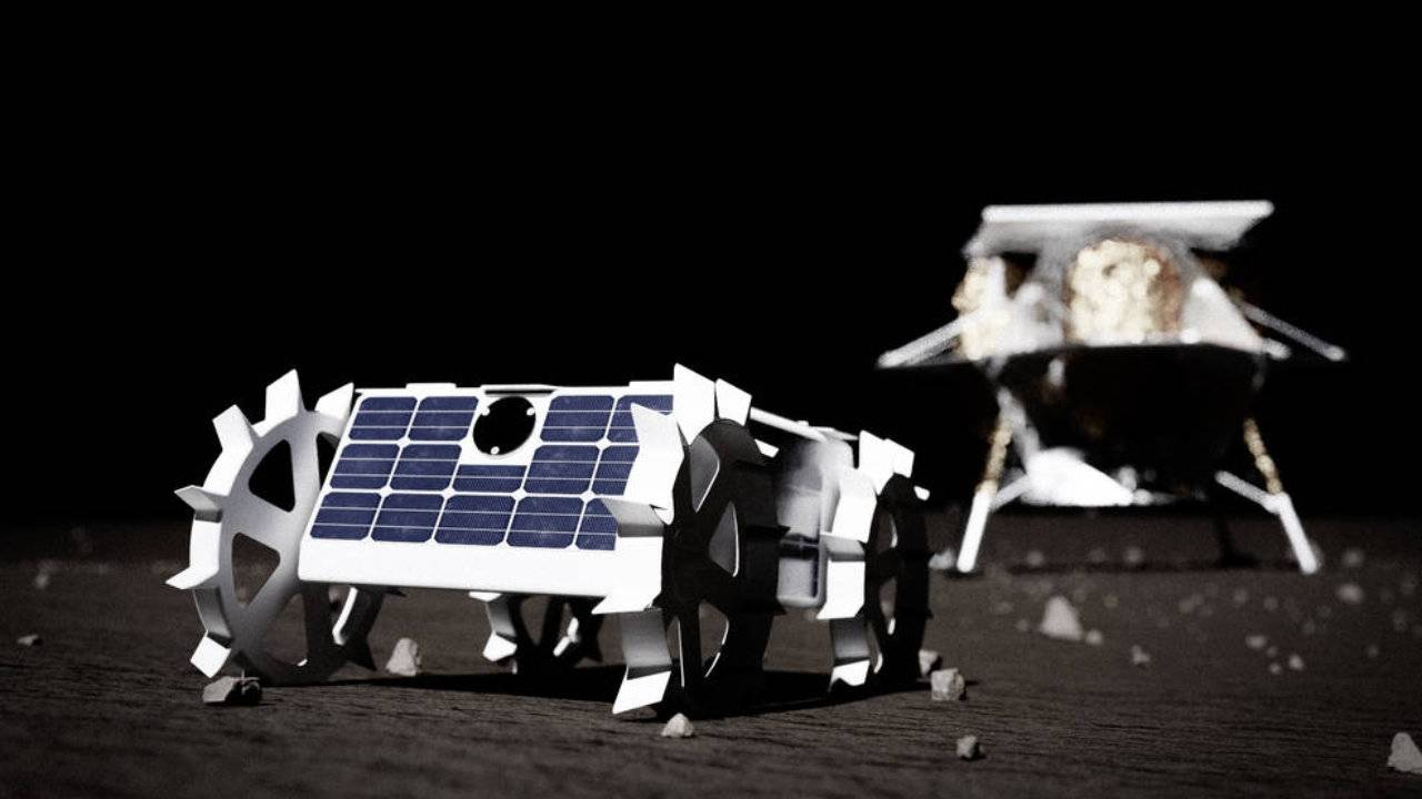 NASA picks 14 American companies to develop tech for Moon missions