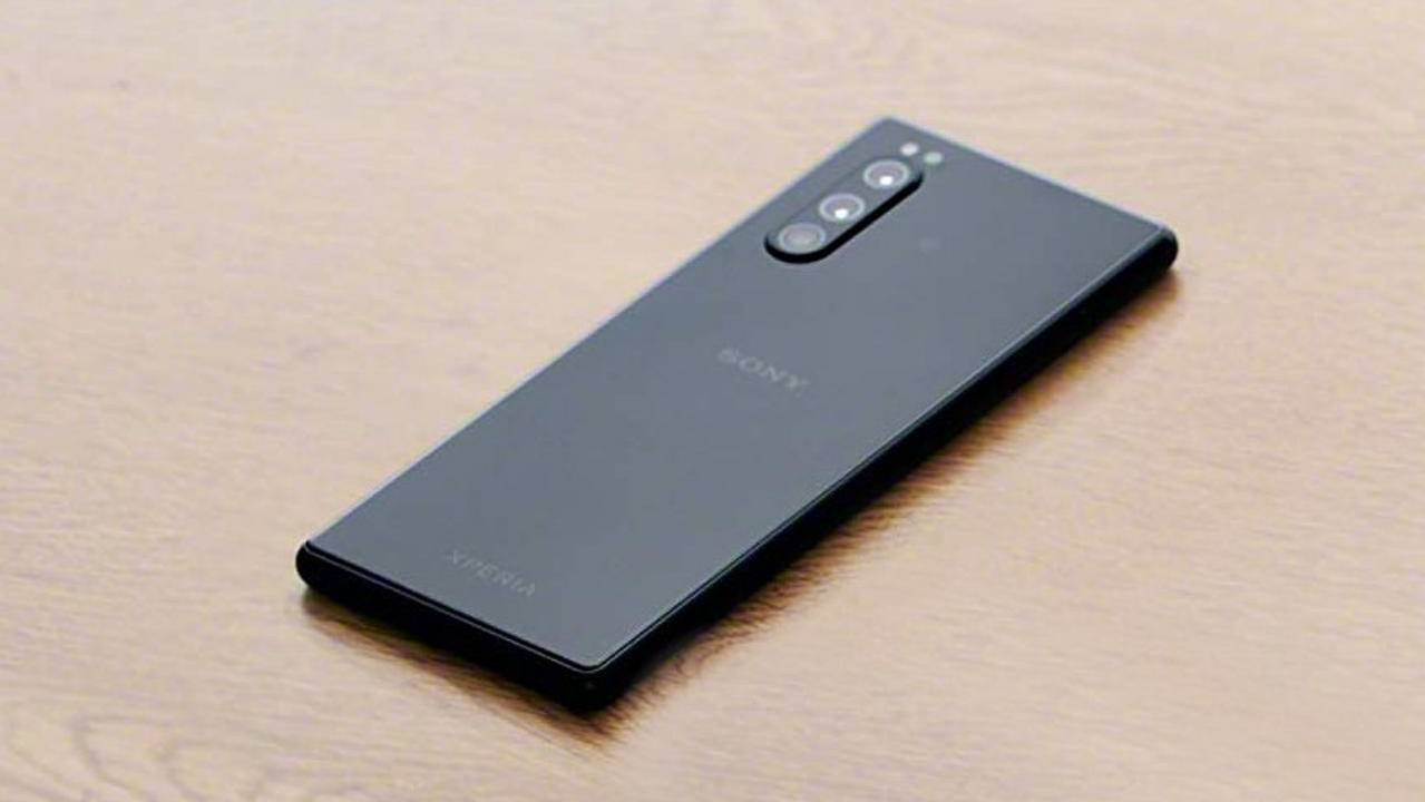 Xperia 2 leaks suggest more of the same but smaller