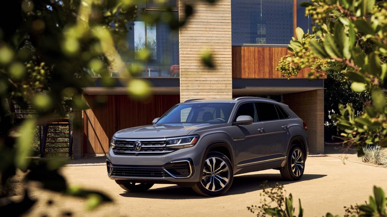 2020 VW Atlas Cross Sport tailors two-row SUV for American tastes