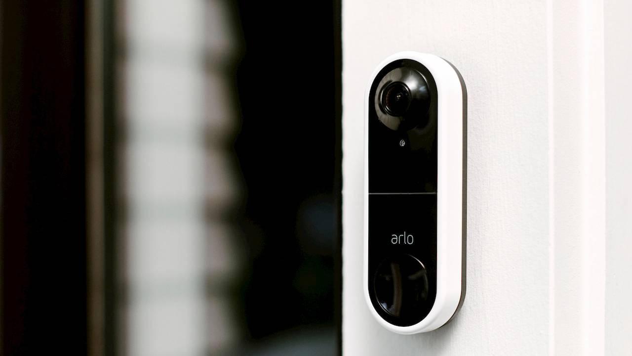 Arlo Video Doorbell calls you when someone is at the door