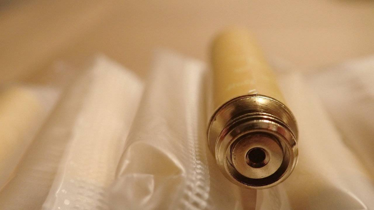 Lung injury cases climb to 1,080 as CDC warns public to stop vaping
