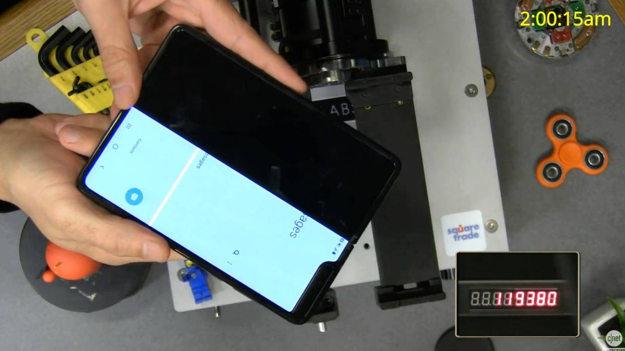 Galaxy Fold torture test ends early: Falls short of Samsung display promise