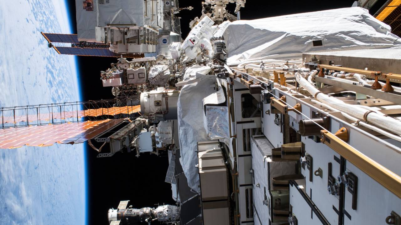 NASA gives first all-woman spacewalk the green light