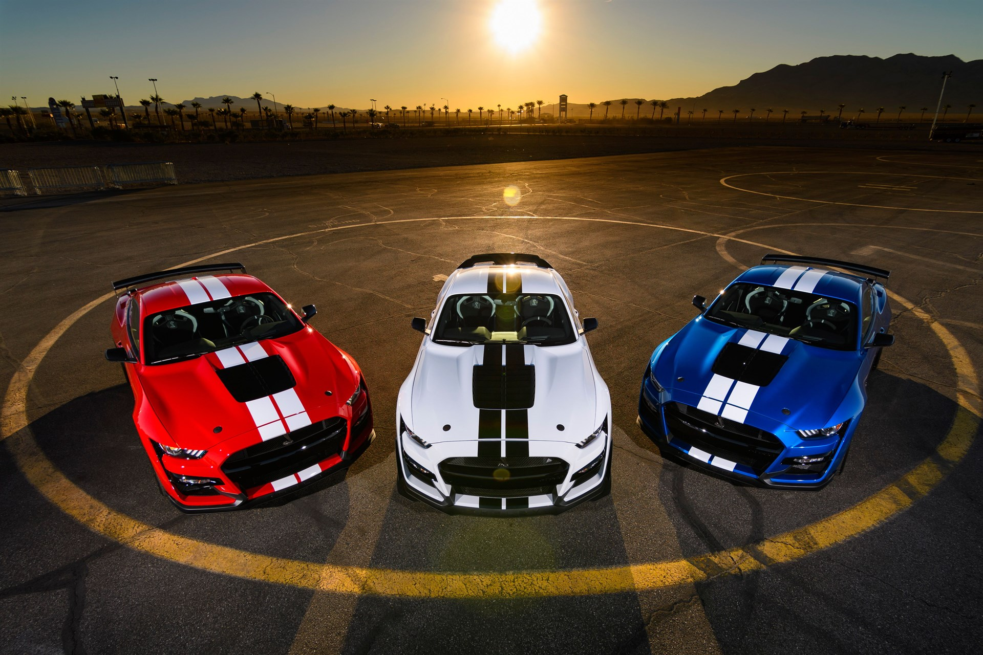 2020 Ford Mustang Shelby Gt500 First Drive Review The Boss Is Back Slashgear