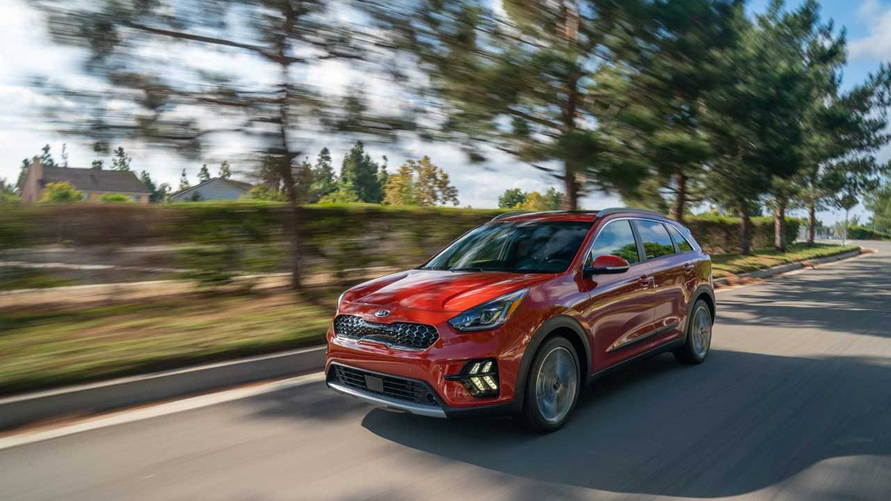 2020 Kia Niro Hybrid and 2021 Kia Seltos Debut in LA