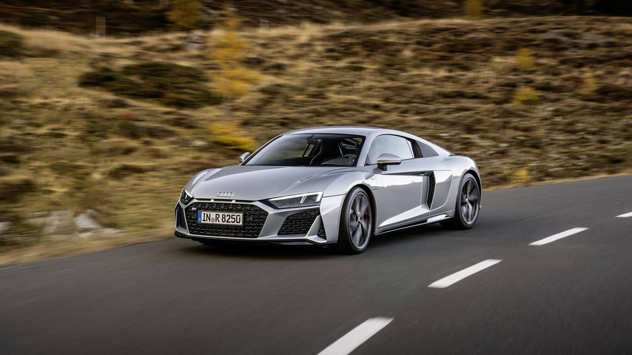Audi unveils revised R8 V10 RWD and R8 LMS GT4 racer