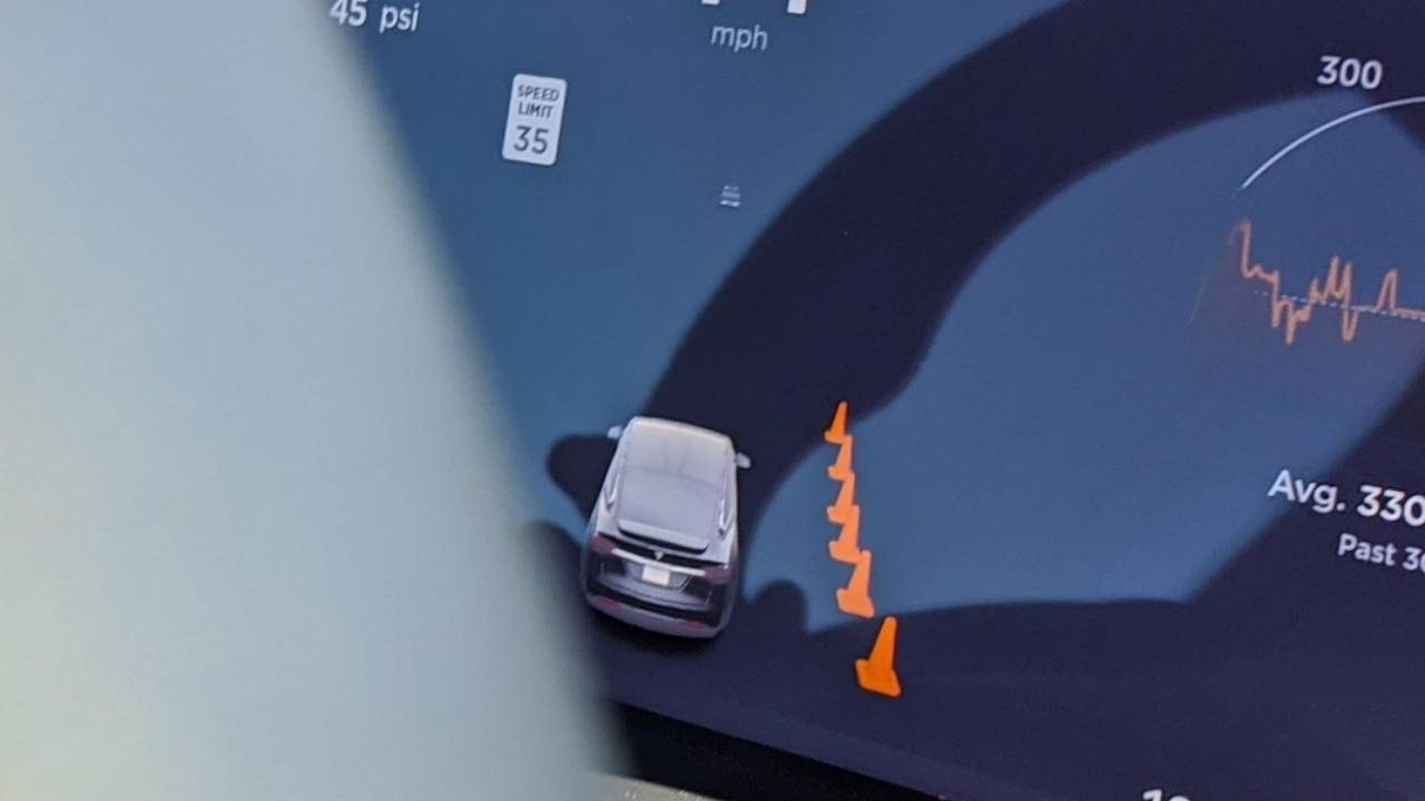 Tesla Autopilot can now detect traffic cones