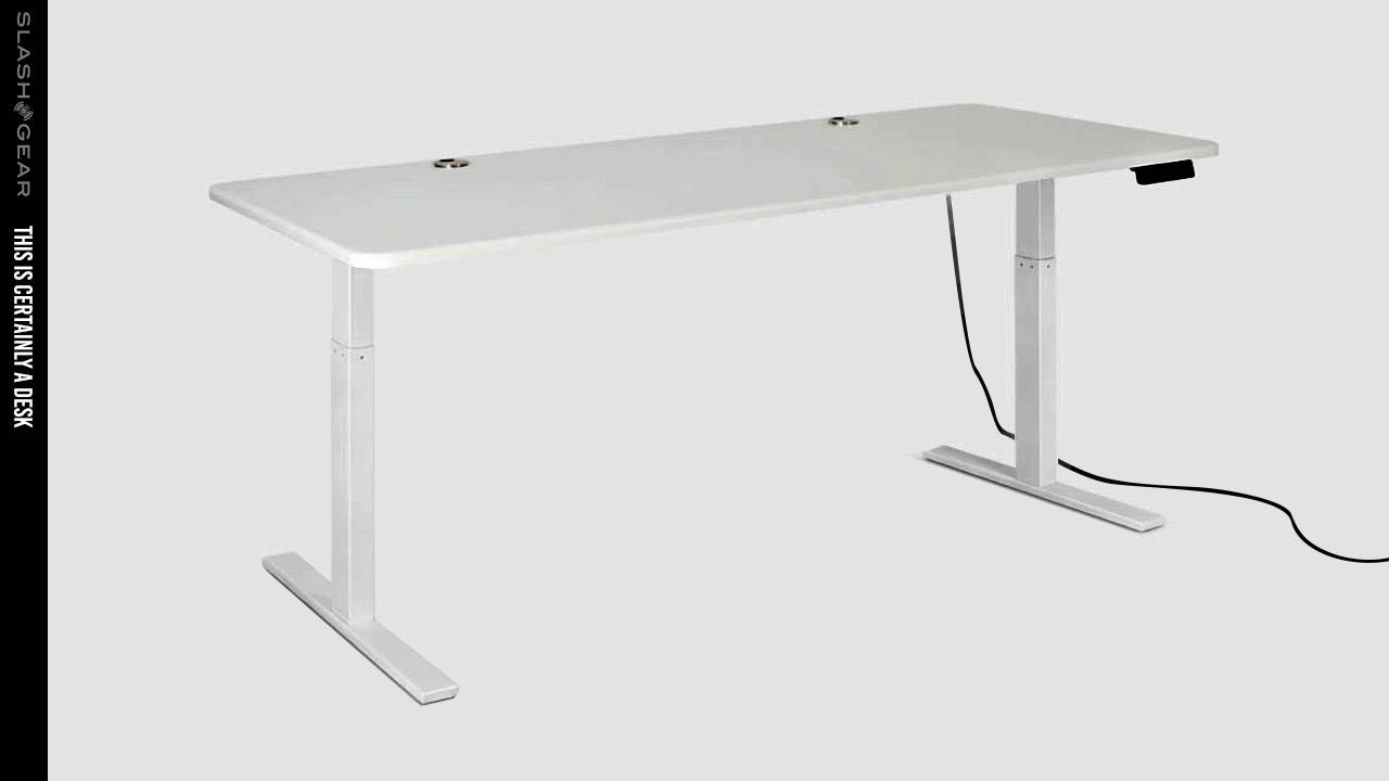Autonomous SmartDesk Home Office Review: Standing desk on the cheap?