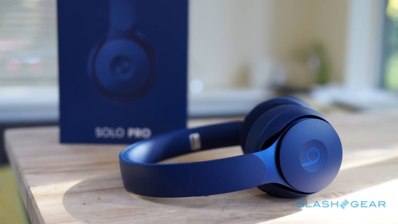 Beats Solo Pro Review – Active noise cancellation with an Apple core