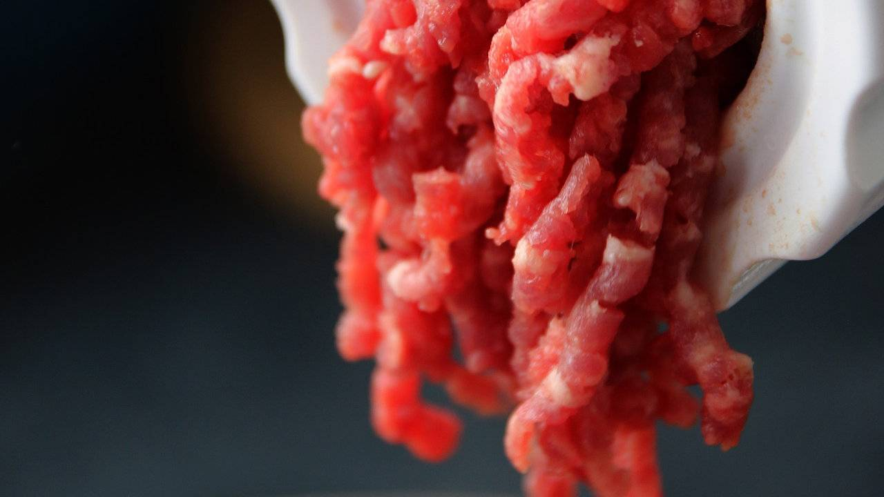 CDC says unusually severe salmonella outbreak linked to ground beef