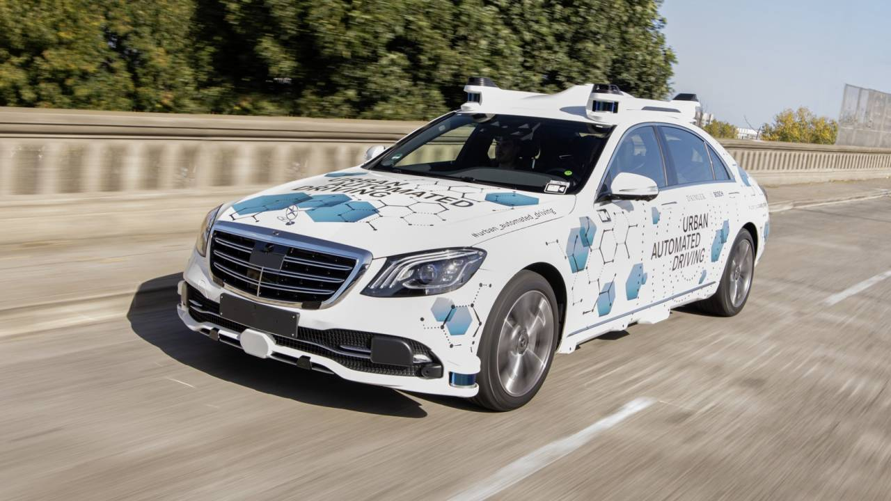 Mercedes launches autonomous cars in first US ride-hailing pilot