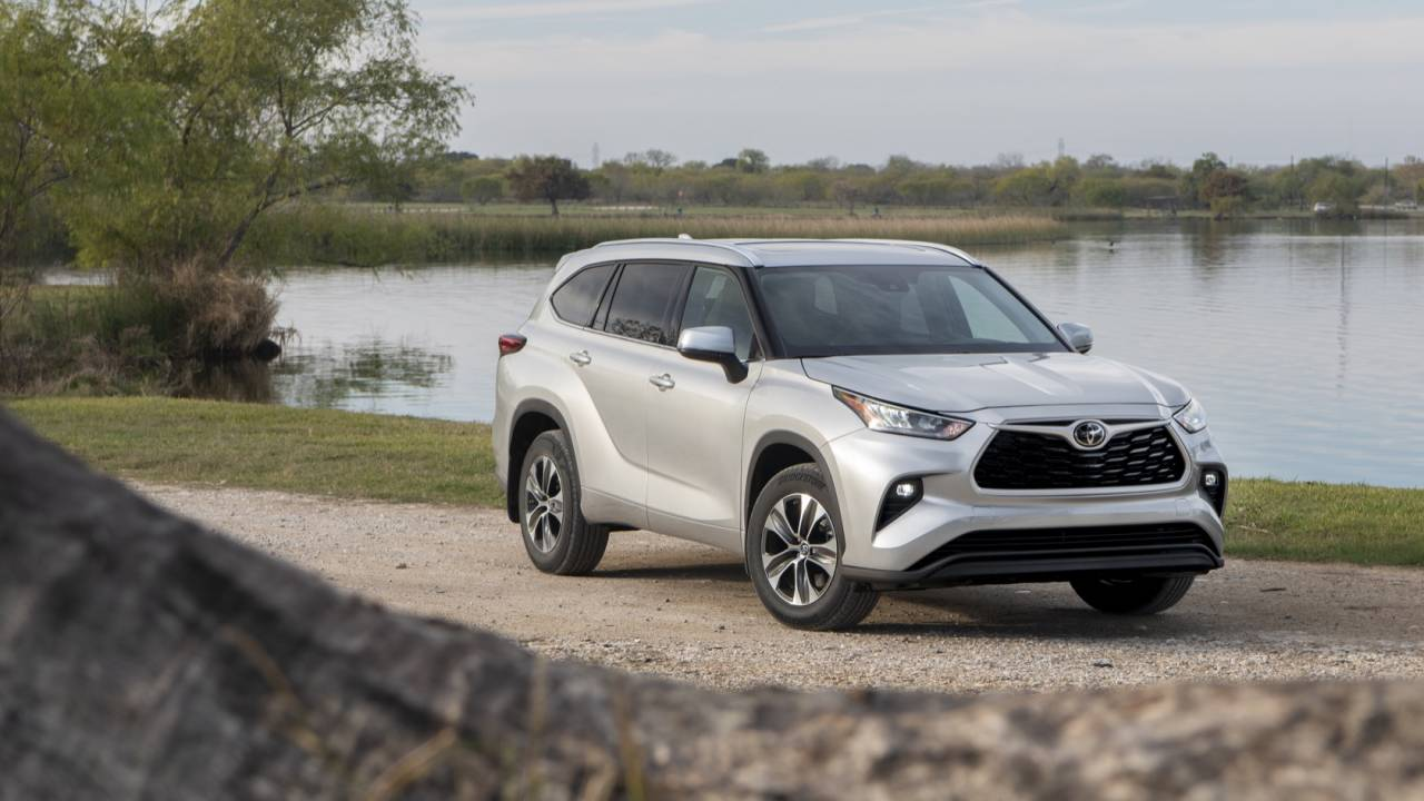 2020 Toyota Highlander official: 8 seats, Hybrid tech, pricing