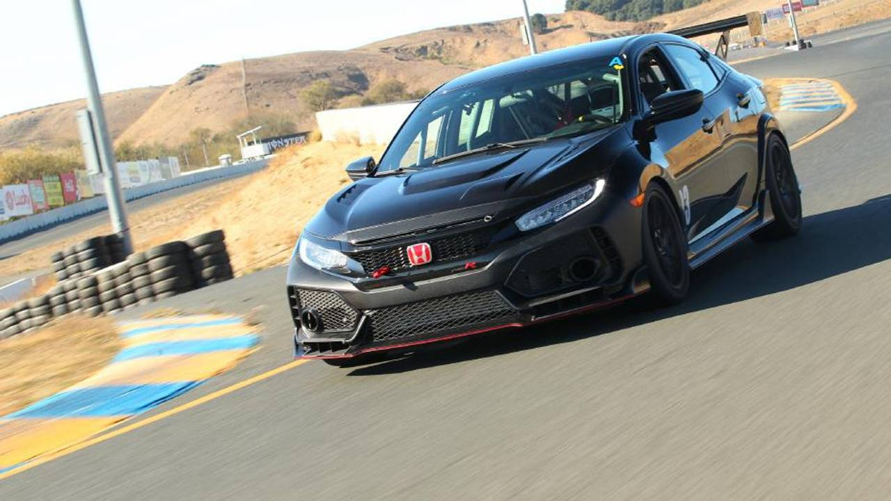 Honda Civic Type R TC racing car heads to the track
