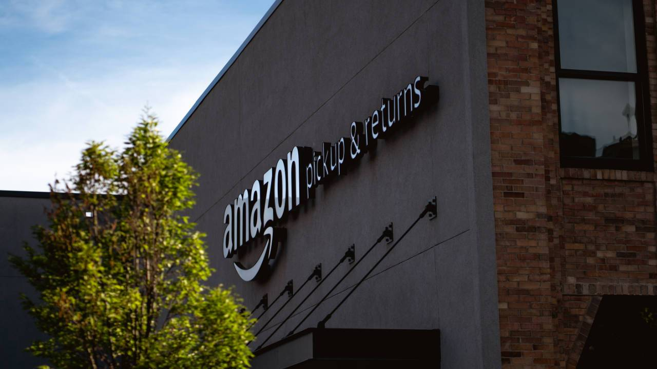 Amazon says order by these dates to get your packages before Christmas