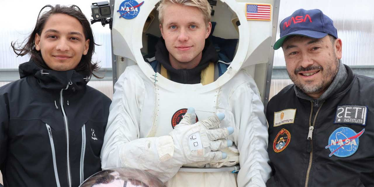 New smart glove for astronauts may one day explore the moon and Mars