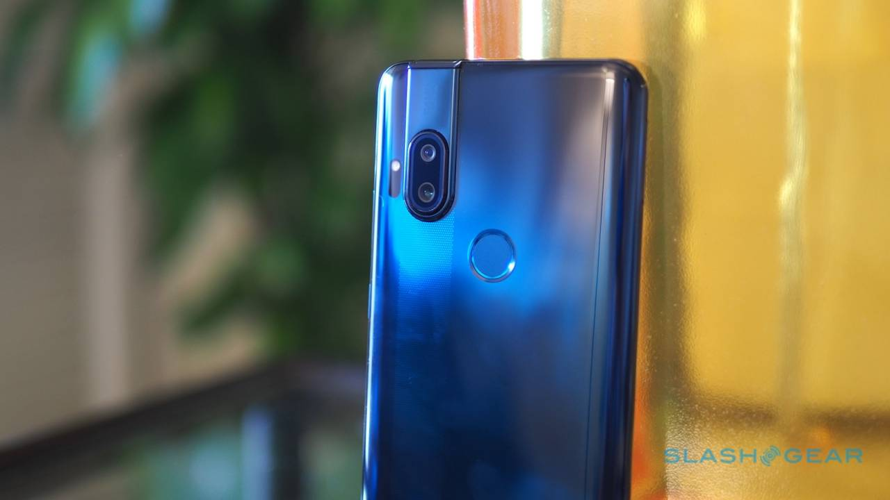 Motorola One Hyper Gallery