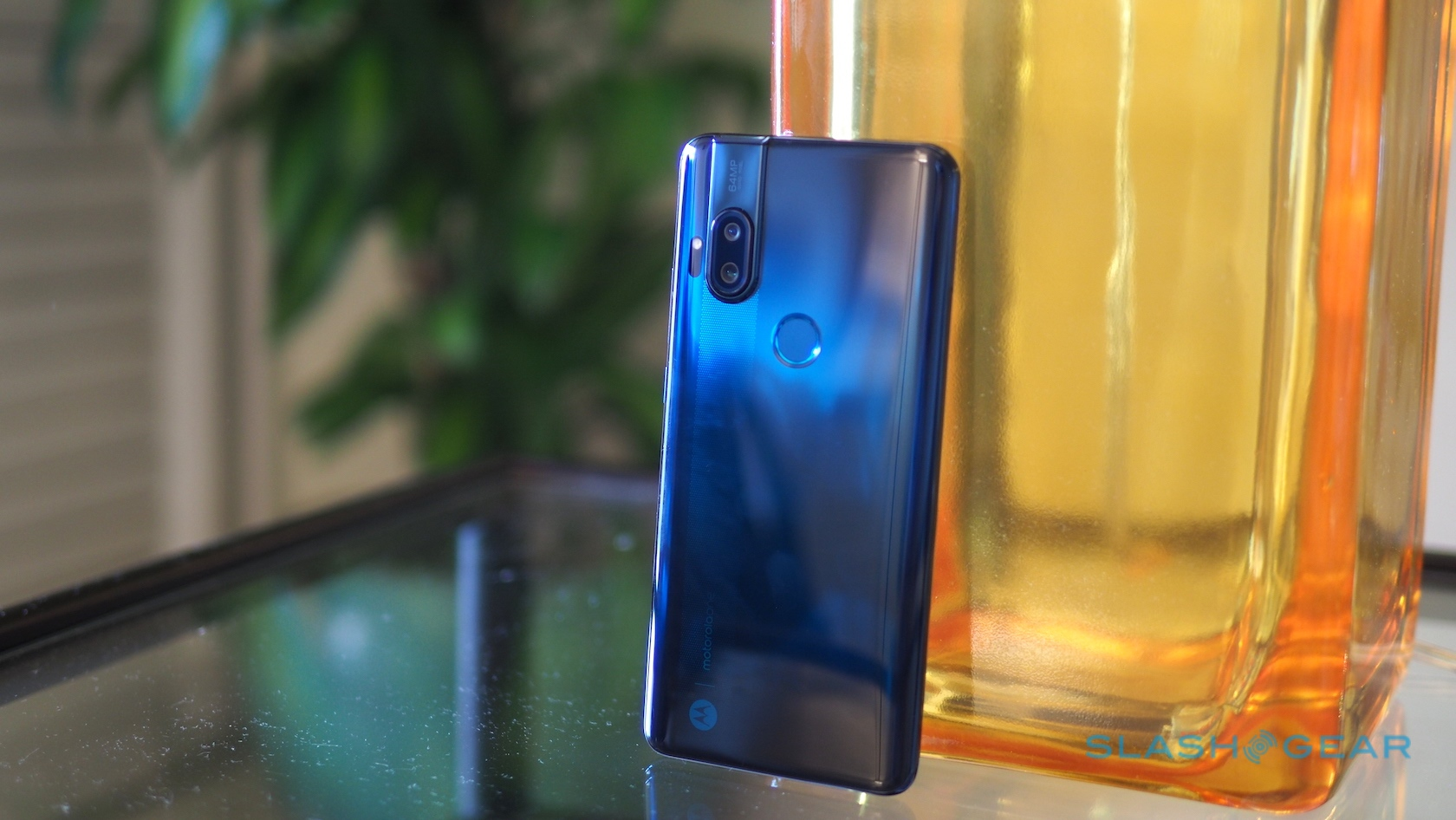 Motorola One Hyper   400 Android 10 Phone With A Pop