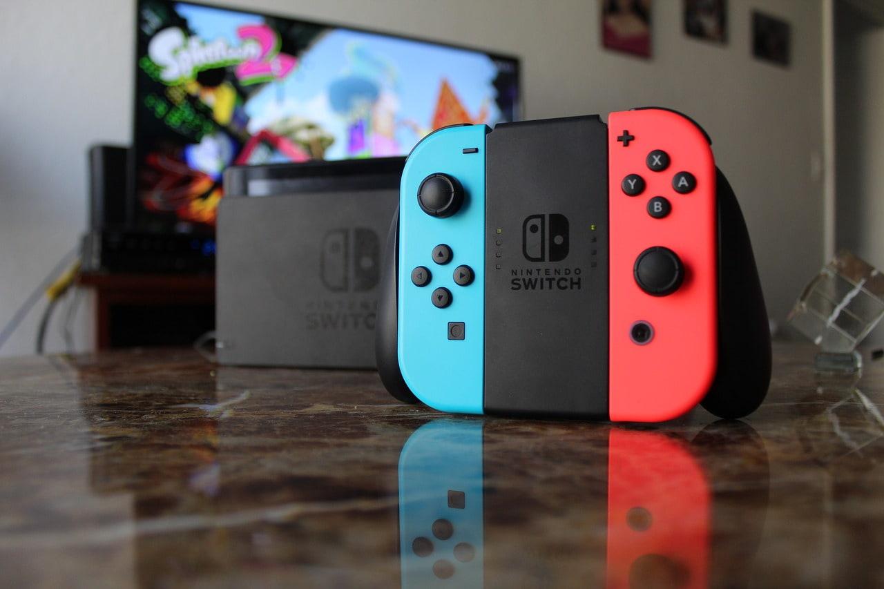 Nintendo Switch Cyber Monday Bundle Serves Up Free Microsd Card Slashgear