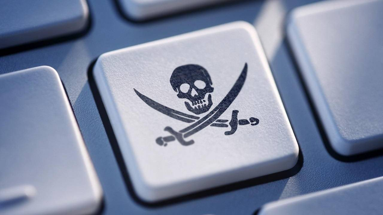 Two pirates plead guilty in running the US' largest illegal streaming services