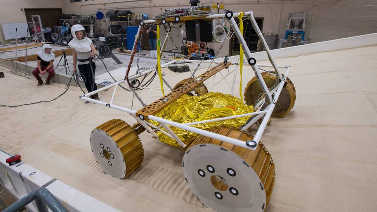 NASA tests VIPER lunar rover to prepare for future water mission