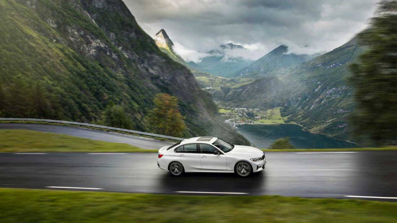 BMW mild-hybrid technology hits 3 Series and more starting in March