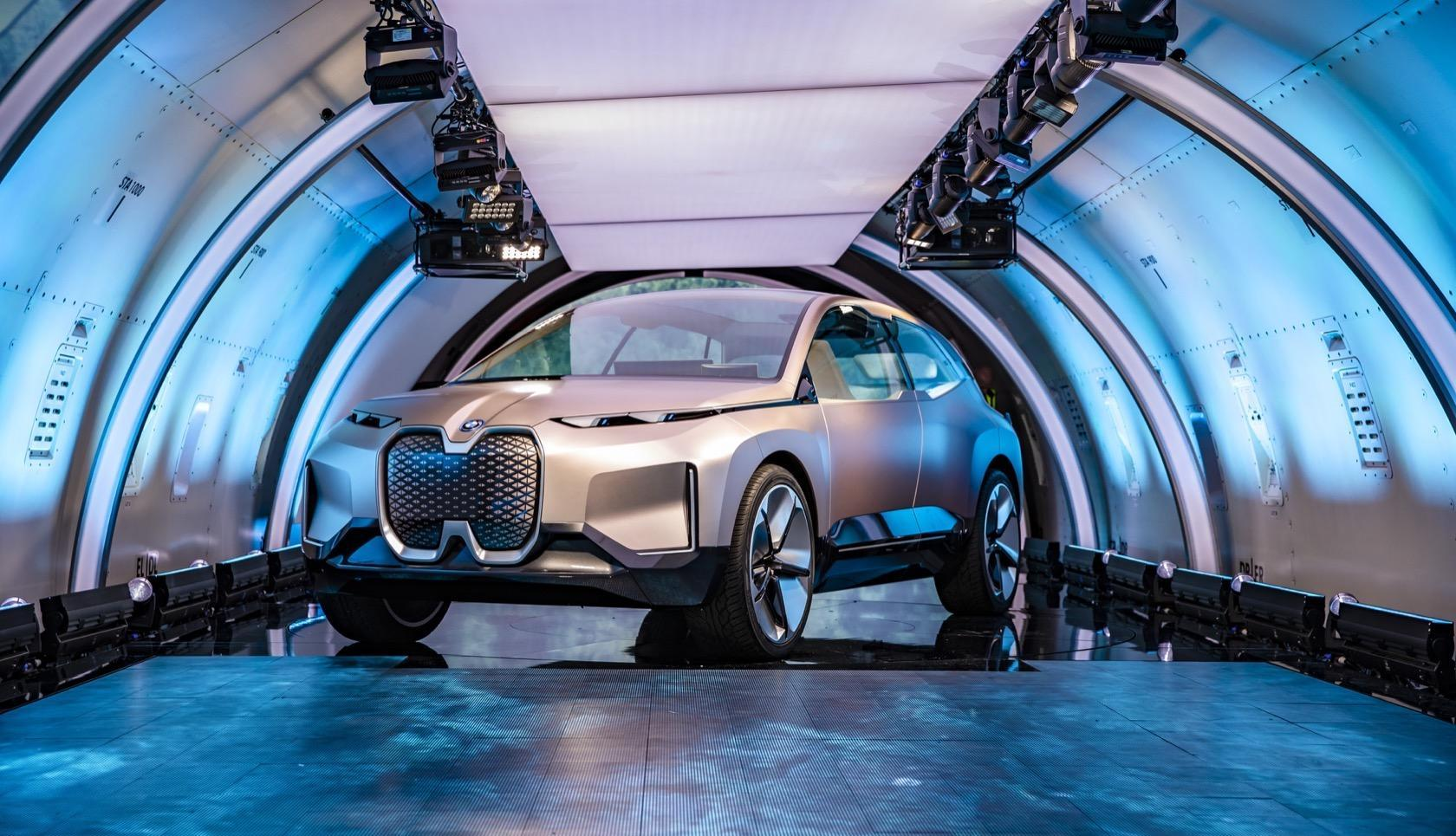 The Bmw Inext Electric Suv Has Two Big Plans For 5g Slashgear