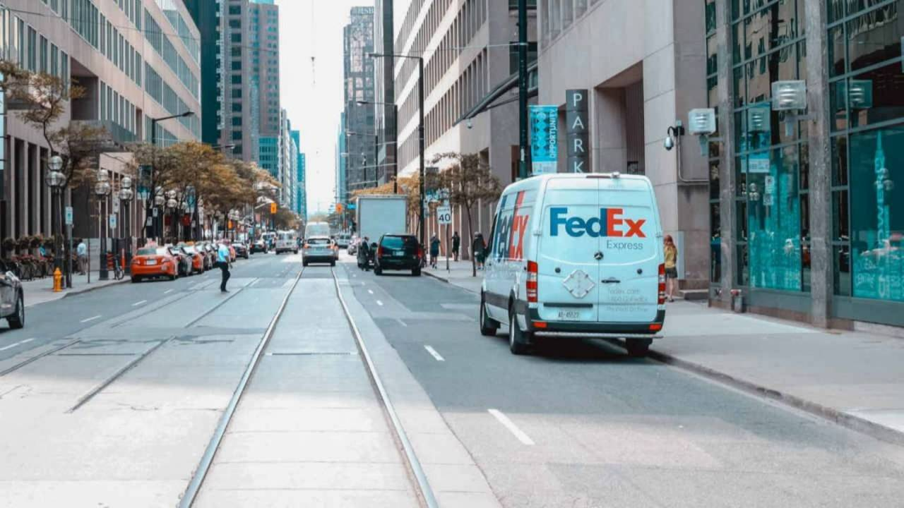 FedEx Ground returns as an Amazon Prime shipping option