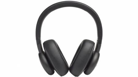 Harman Kardon FLY headphone series is made for 'savvy' commuters