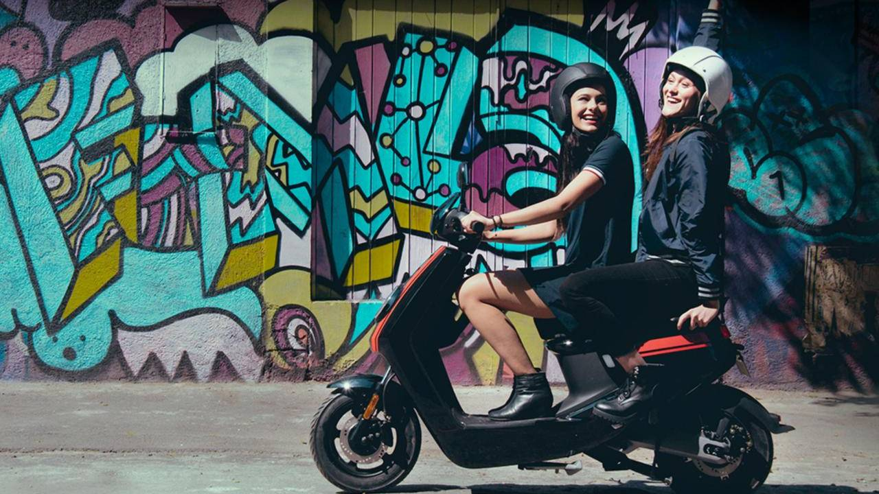 NIU smart e-mopeds are coming to the US, sold directly to consumers