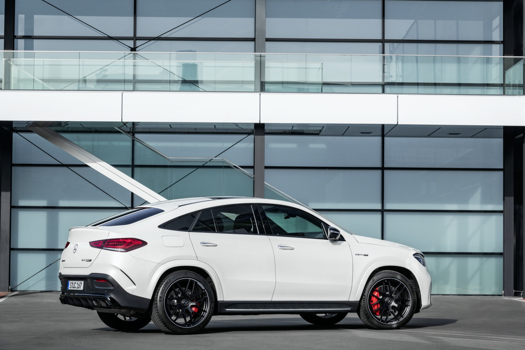 2021 Mercedes Amg Gle 63 S Coupe Is A 174mph Reminder That Suvs Aren T Dull Slashgear
