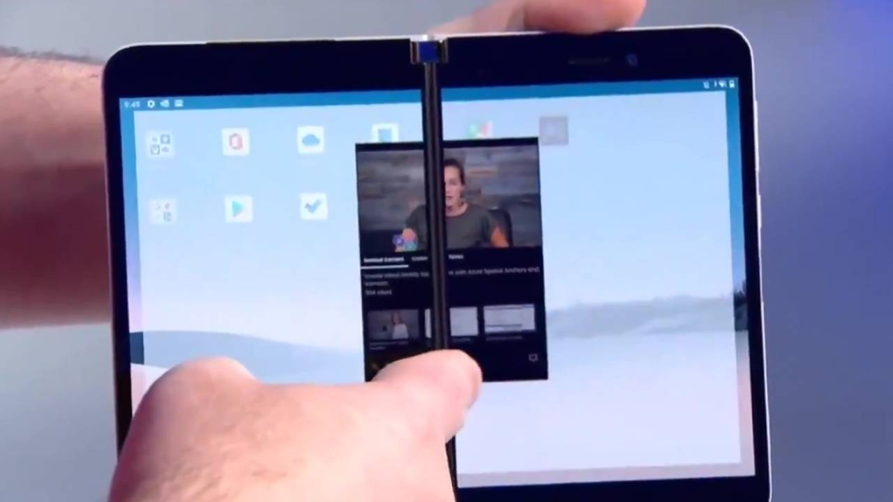 Surface Duo live demo fails, stealth edit saves the future