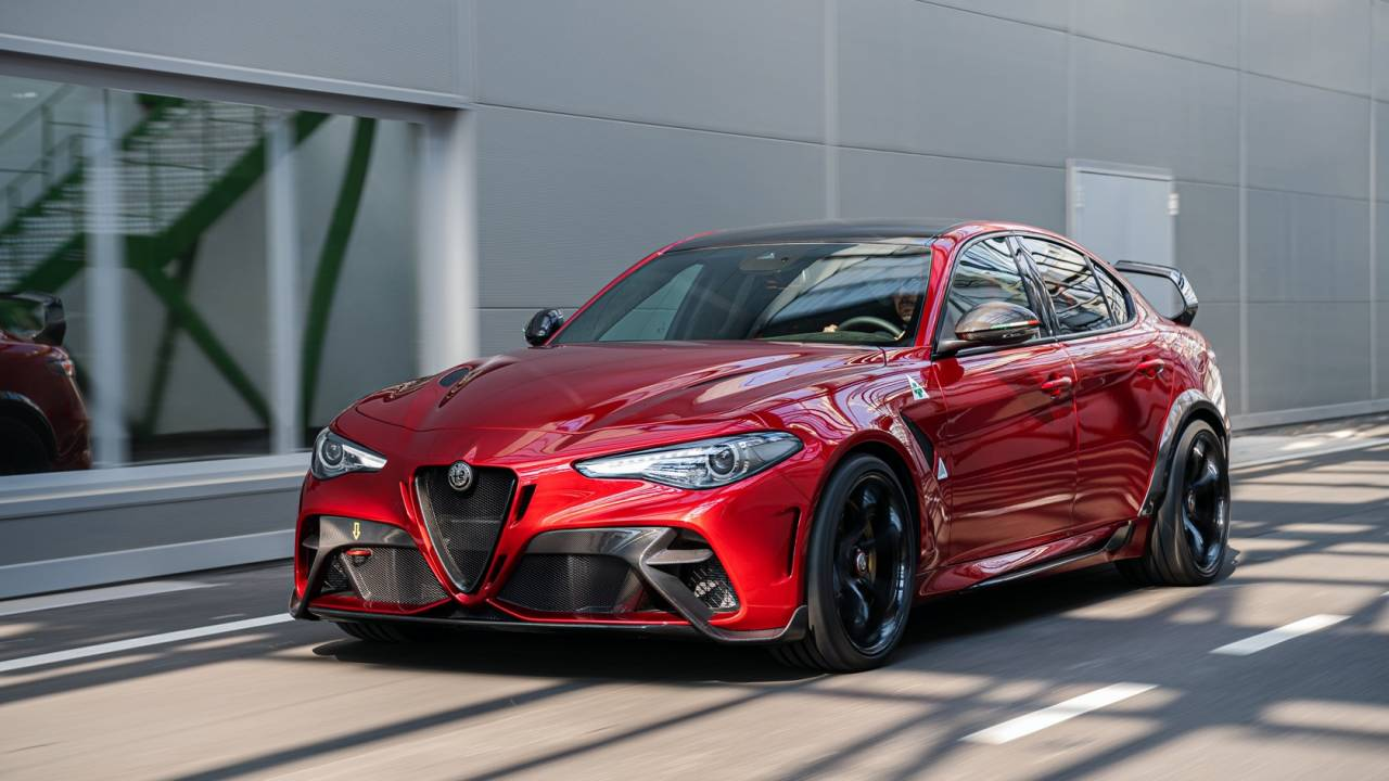 This Alfa Romeo Giulia GTA is a 540hp beast – and the GTAm is even more extreme