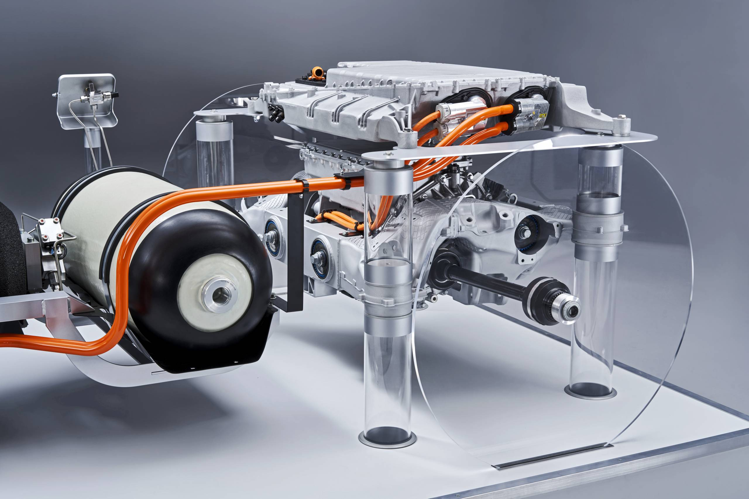 Bmw Is Committed To Hydrogen Fuel Cells With I Hydrogen