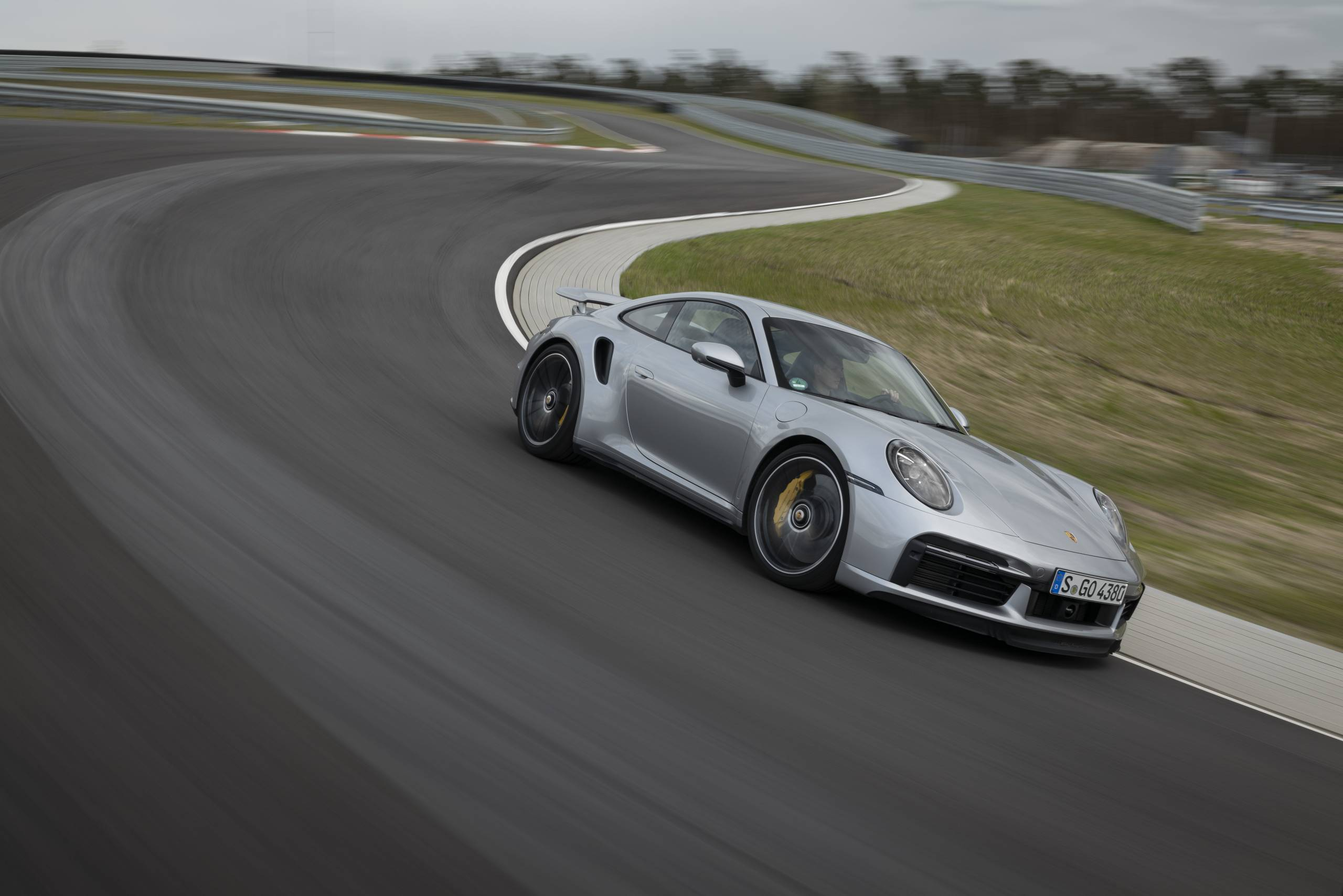 2021 Porsche 911 Turbo S Receives Lightweight And Sport Packages Slashgear