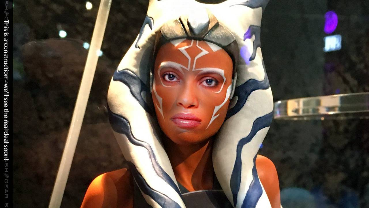 Rosario Dawson cast as Ahsoka Tano for Mandalorian S2 live action Star Wars