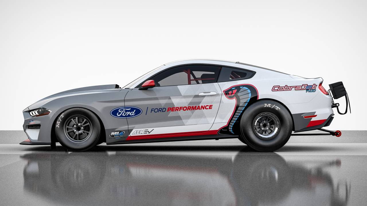 Ford Mustang Cobra Jet 1400 is ready for the dragstrip