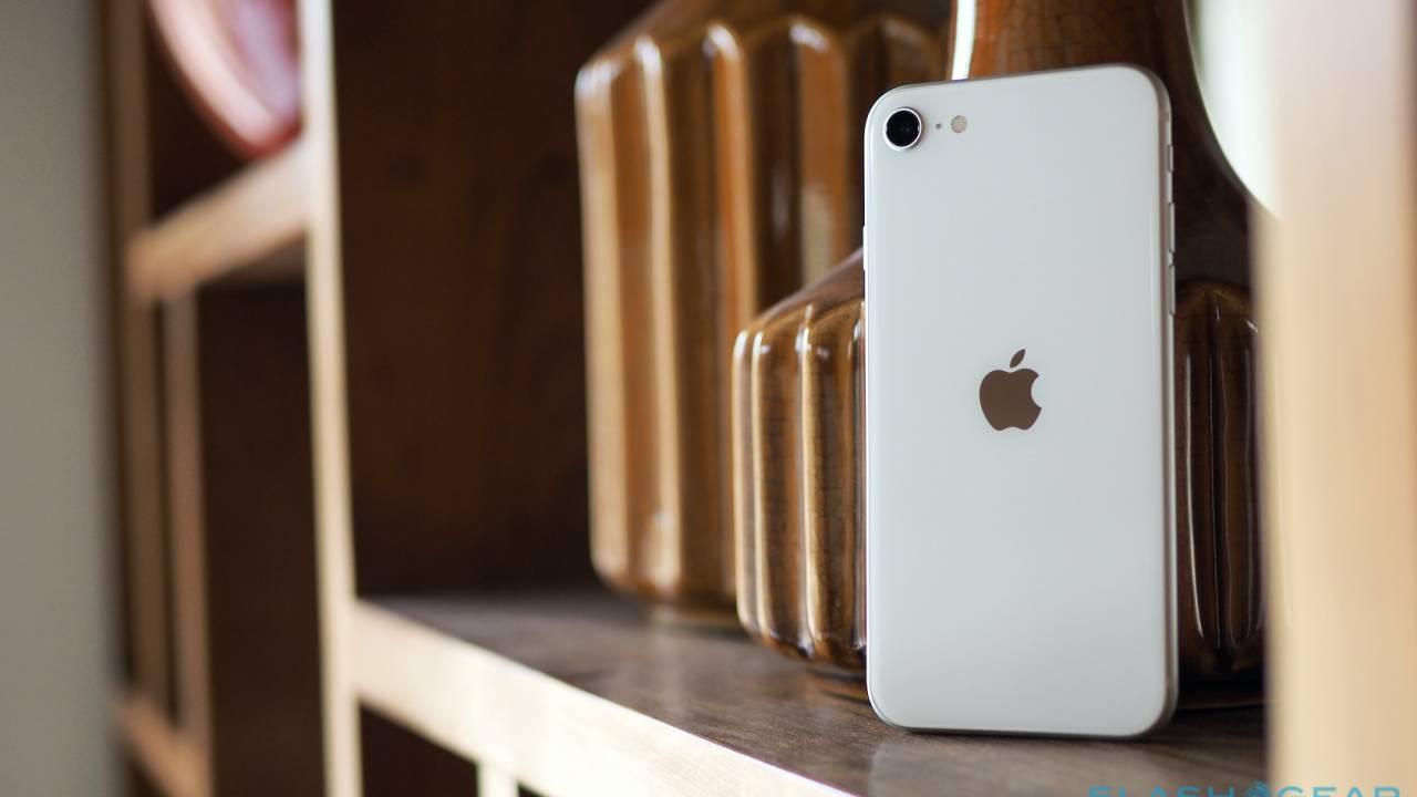 Apple iPhone SE (2020) Gallery