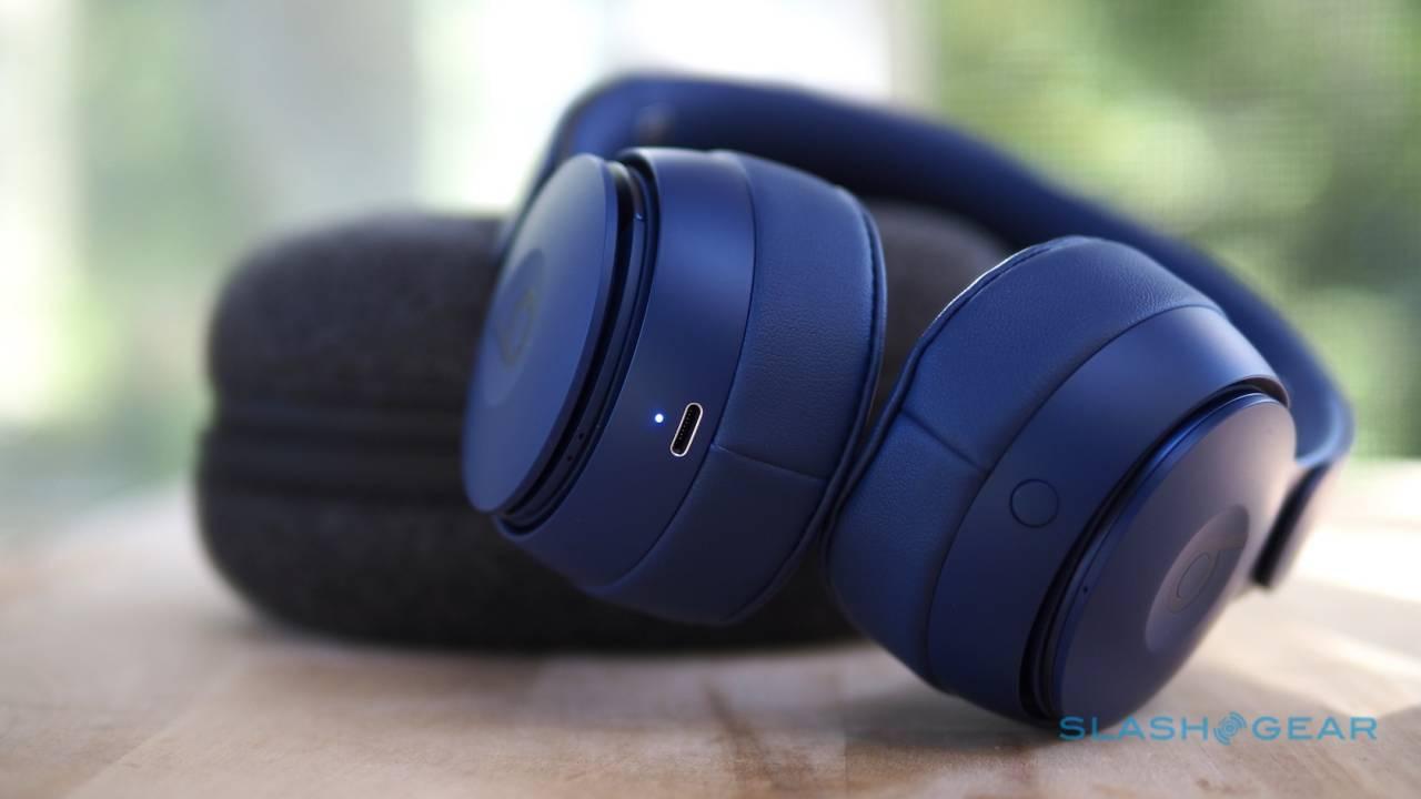 Apple headphones leak details clever over-ear modular design