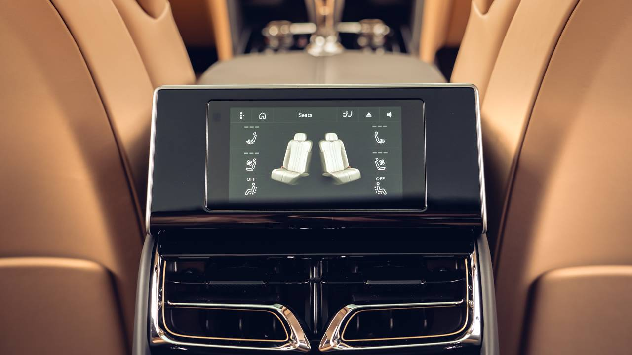 Bentley Flying Spur touchscreen remote gives rear seat occupants more control