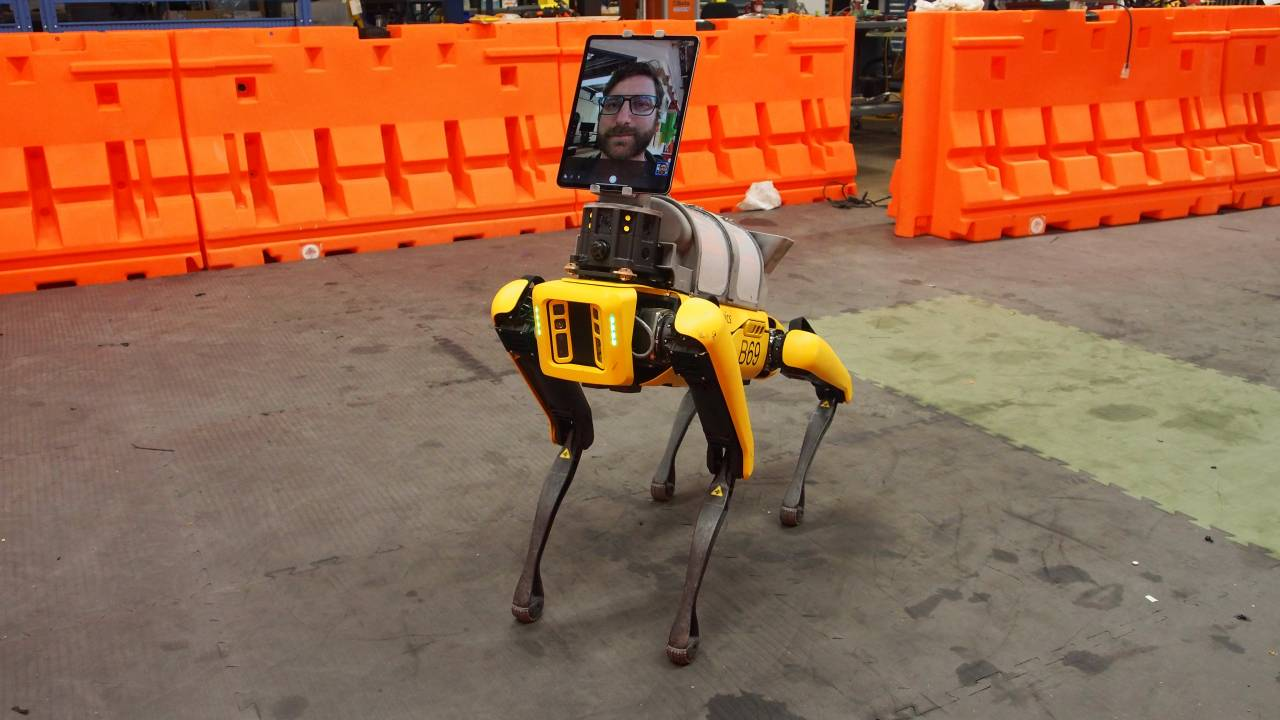 "Boston Dynamics' Spot robot ""dog"" has joined the fight against COVID-19"