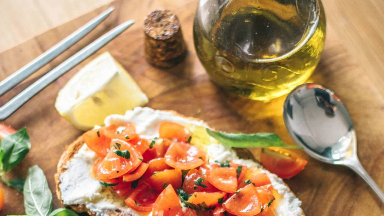 Mediterranean diet may be a simple way to protect against dementia