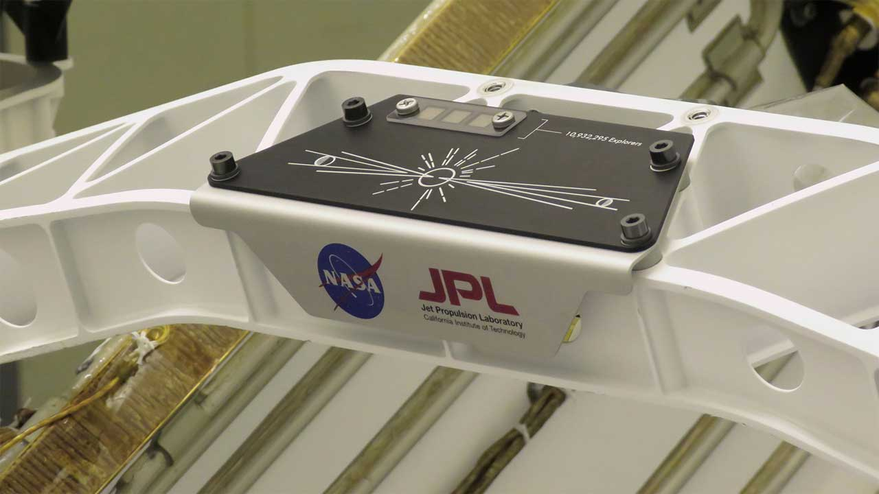 NASA attaches Send Your Name placard to Perseverance Rover