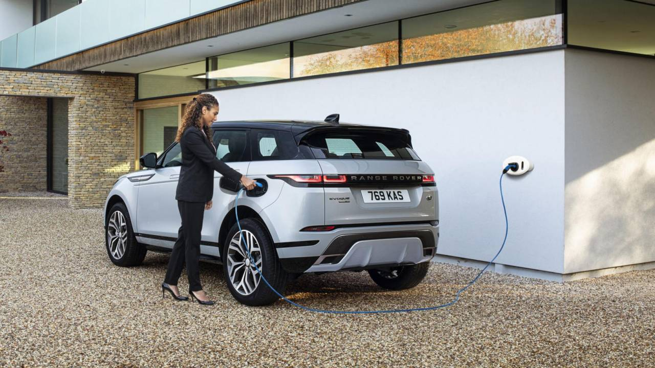 Range Rover Evoque PHEV and Land Rover Discovery Sport PHEV arrives in Europe